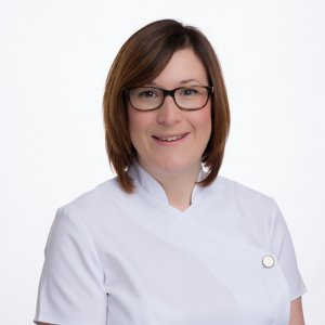 Elle Owen - Reflexologist - Acupuncture That Works